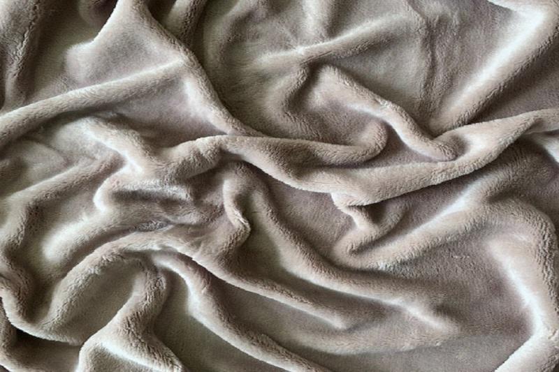 Prostěradlo mikroflanel SLEEP WELL® - 90x200 cm - KIKKO šedobéžové