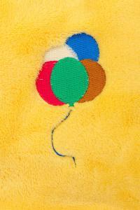 Náhled Deka z mikroflanelu a bavlny 70x90cm s výšivkou BALÓNKY 2